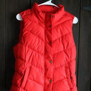 NWT Gap Winter Warmth Puffer Vest